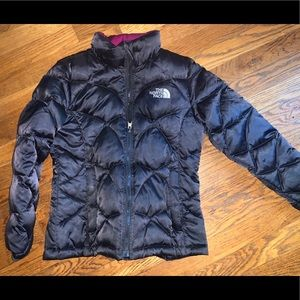 Girls medium north face coat 10 12 black puffer